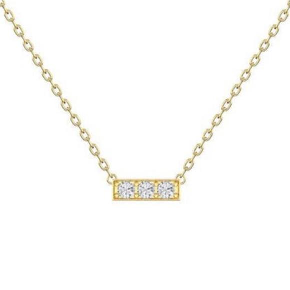 Jewelry - 3 diamond bar necklace